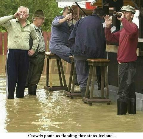 irish_flood_pub_060614