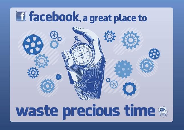 Facebook-Time-Waste_310714