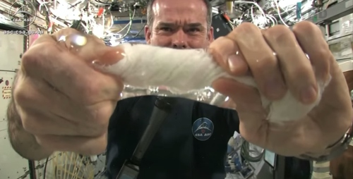 Wet Washcloth In Space – What Happens When You Wring It?
