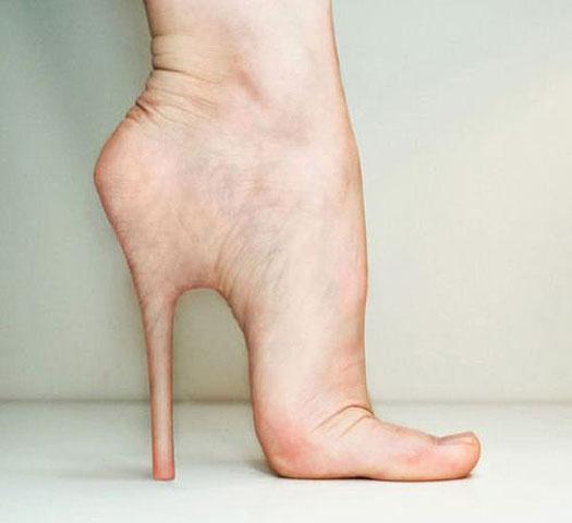 weird_shoes_150814_1