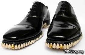 weird_shoes_150814_24