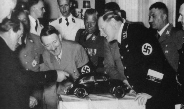 1930s_historical-photos-pt6-porsche-vw-beetle-hitler-mid