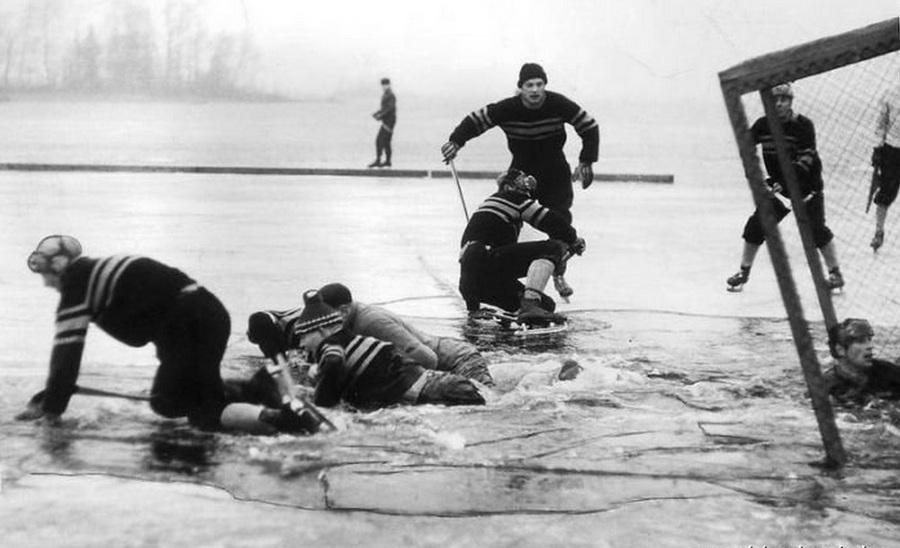 1959. Svedorszag. Felbeszakadt a sokadosztalyu jegkorongmeccs