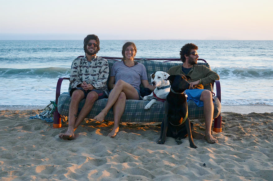 three-friends-two-dogs-one-futon-roadtrip-photos-7_021014