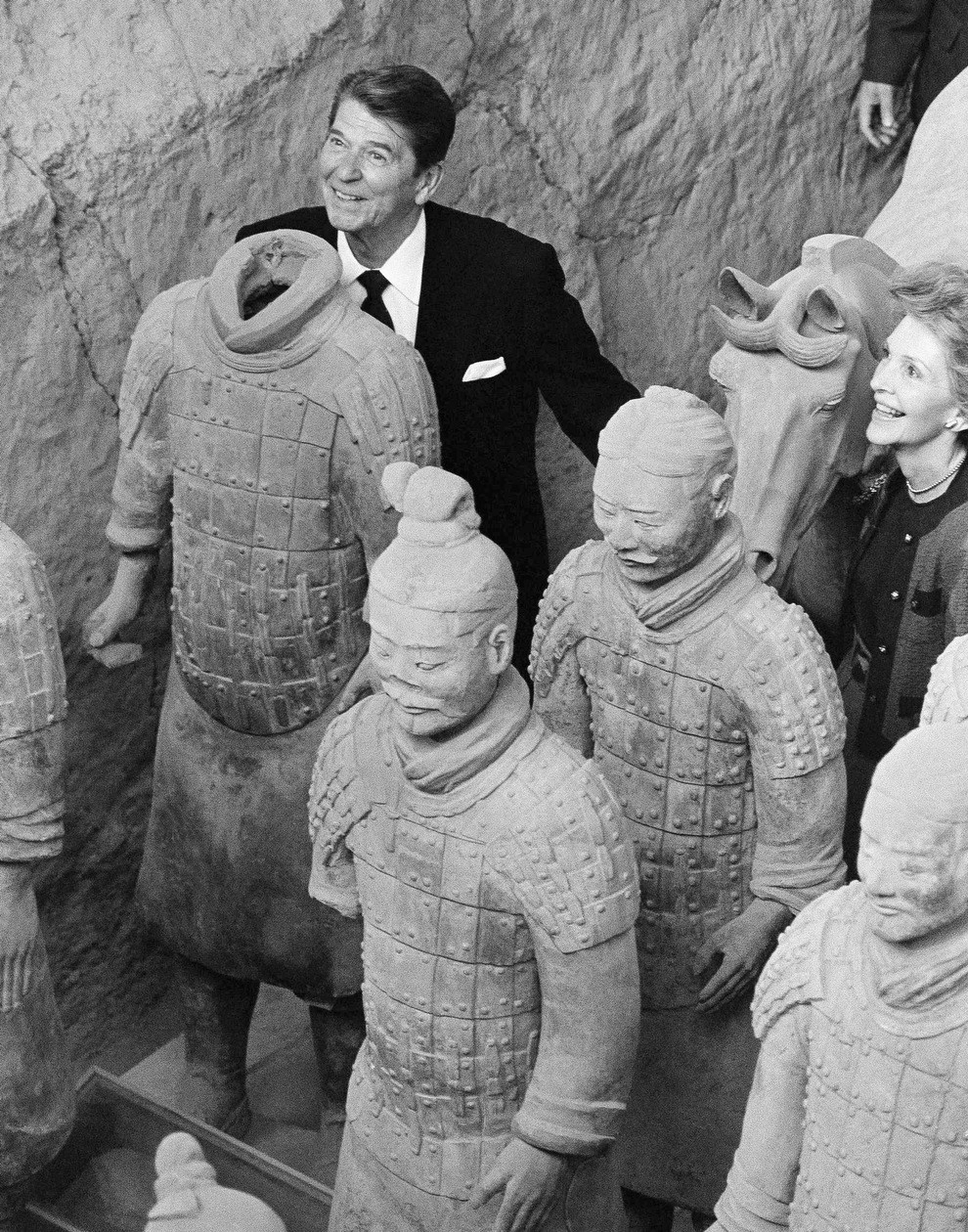 1984 reagan with china clay soldiers