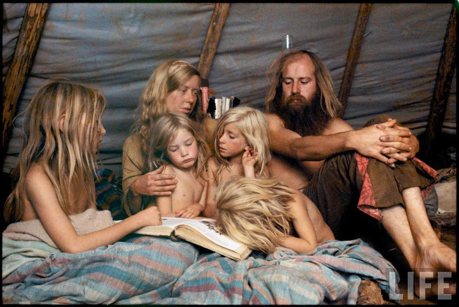 America's+1970s+Hippie+Communes+(1)