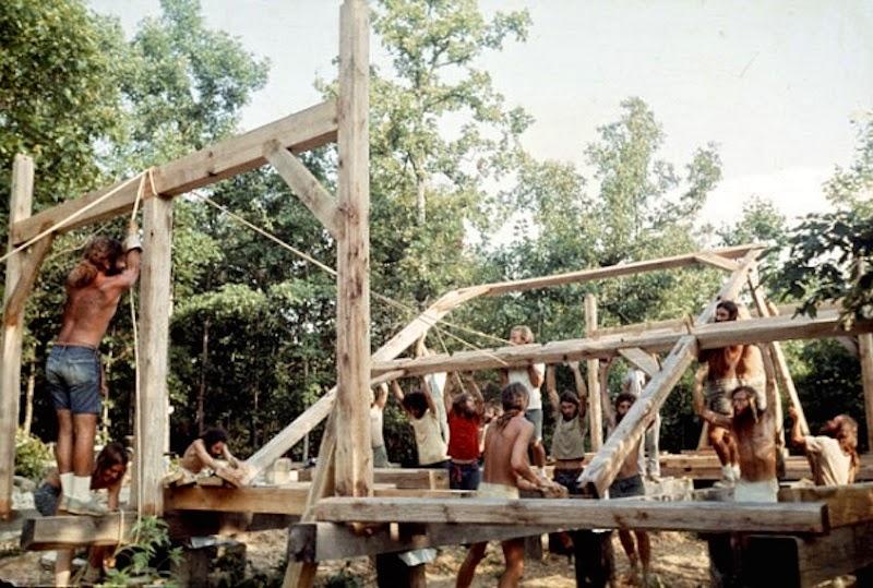 America's+1970s+Hippie+Communes+(14)