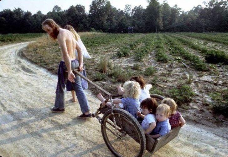 America's+1970s+Hippie+Communes+(17)