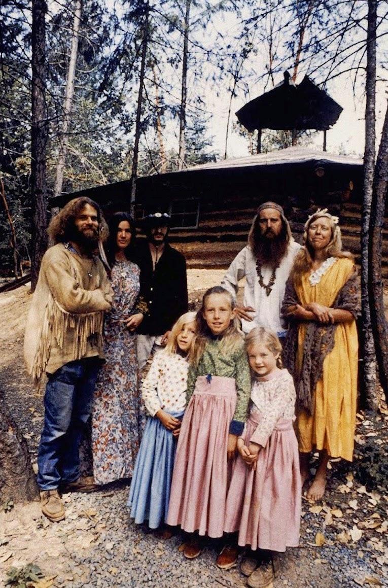 America's+1970s+Hippie+Communes+(4)