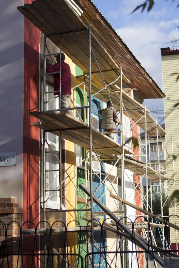 bookcase-street-art_russia-5