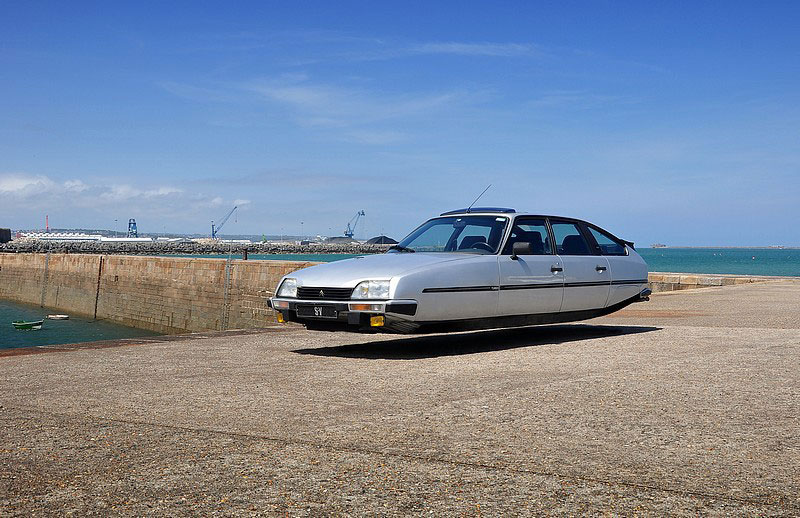flying-hover-cars-by-sylvain-viau-1