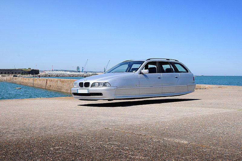 flying-hover-cars-by-sylvain-viau-3