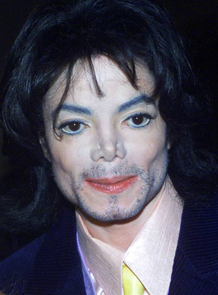 how-michael-jackson-really-looked-in-2000