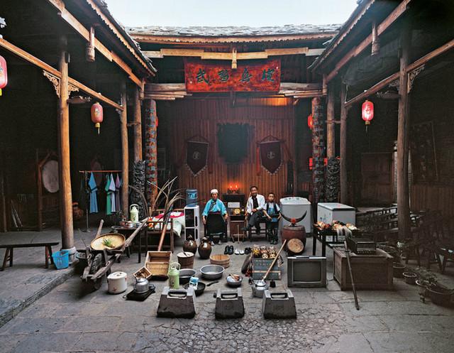 Home of a Nuo opera performer, Tunbao, Pingba County, Anshun City, Guizhou Province