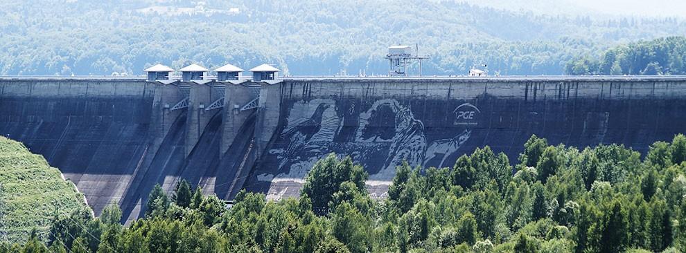 worlds-larges-eco-graffiti-poland-11