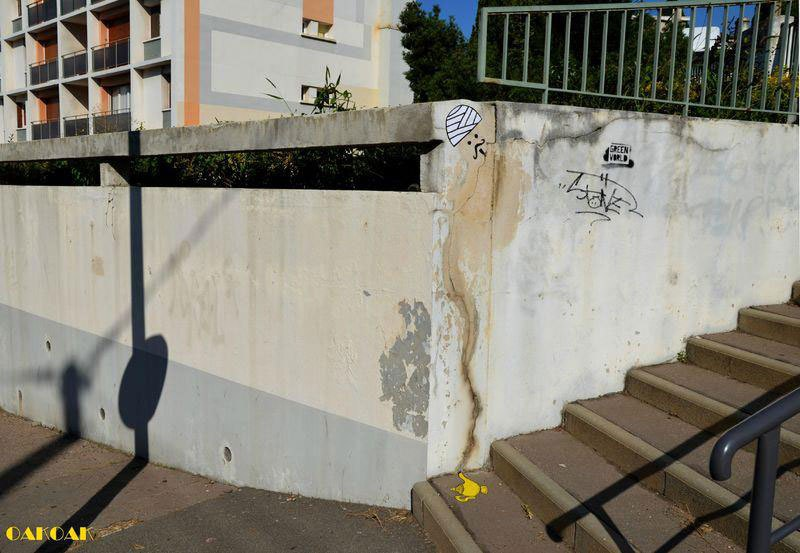 cool-street-art-from-paris-oak-oak-part2-15