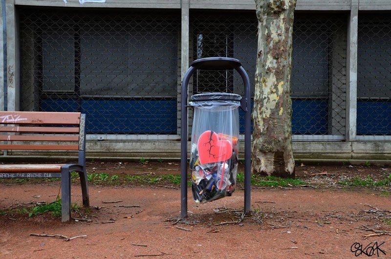 cool-street-art-from-paris-oak-oak-part2-21