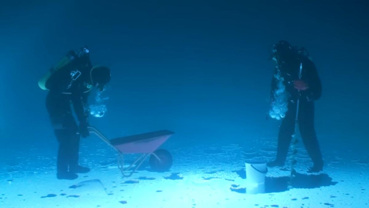 fishing-under-ice