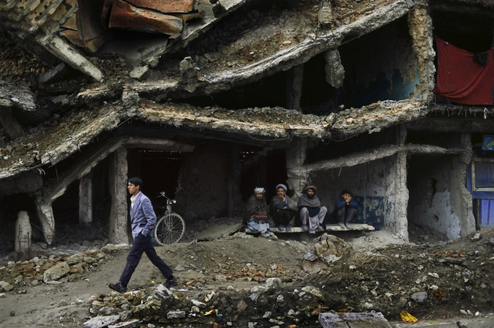 amazing-photos-of-faraway-places-by-steve-mccurry-4