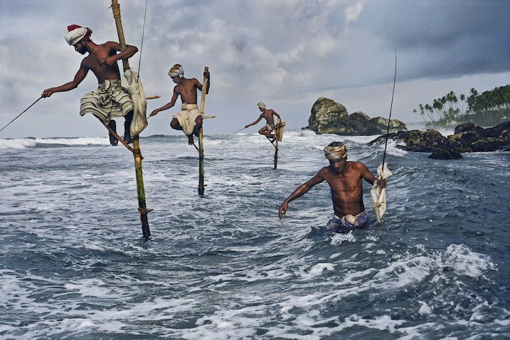 srilanka-10006, 1995, final print_milan Fishermen, Weligama, South coast, Sri Lanka, 1995