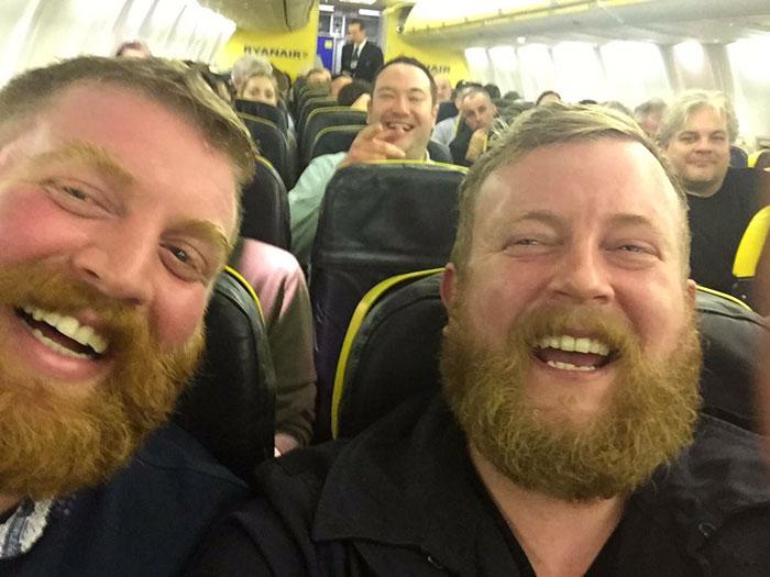 bearded-men-lookalikes-doppelgangers-aeroplane-flight-1