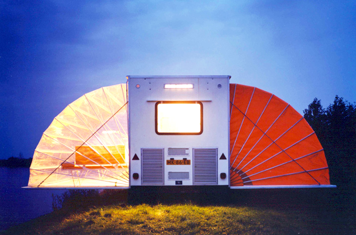 incredible-camper-folds-out-to-triple- its-size-3