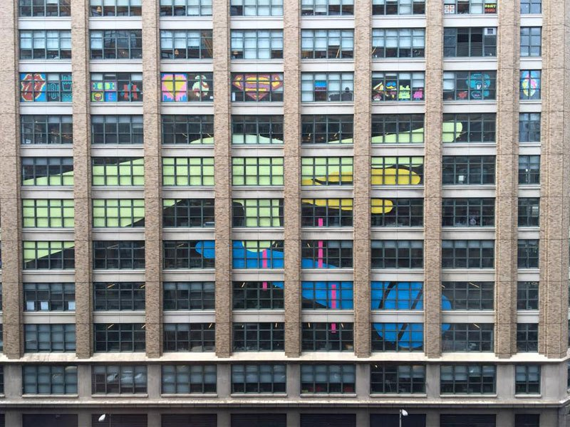 employees-in-two-buildings-wage-deadly-post-it-war-against-each-other-7