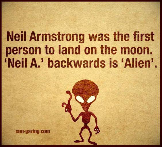 neil.armstorn-alien
