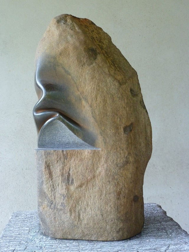 spanish-artist-does-incredible-things-to-stone-3