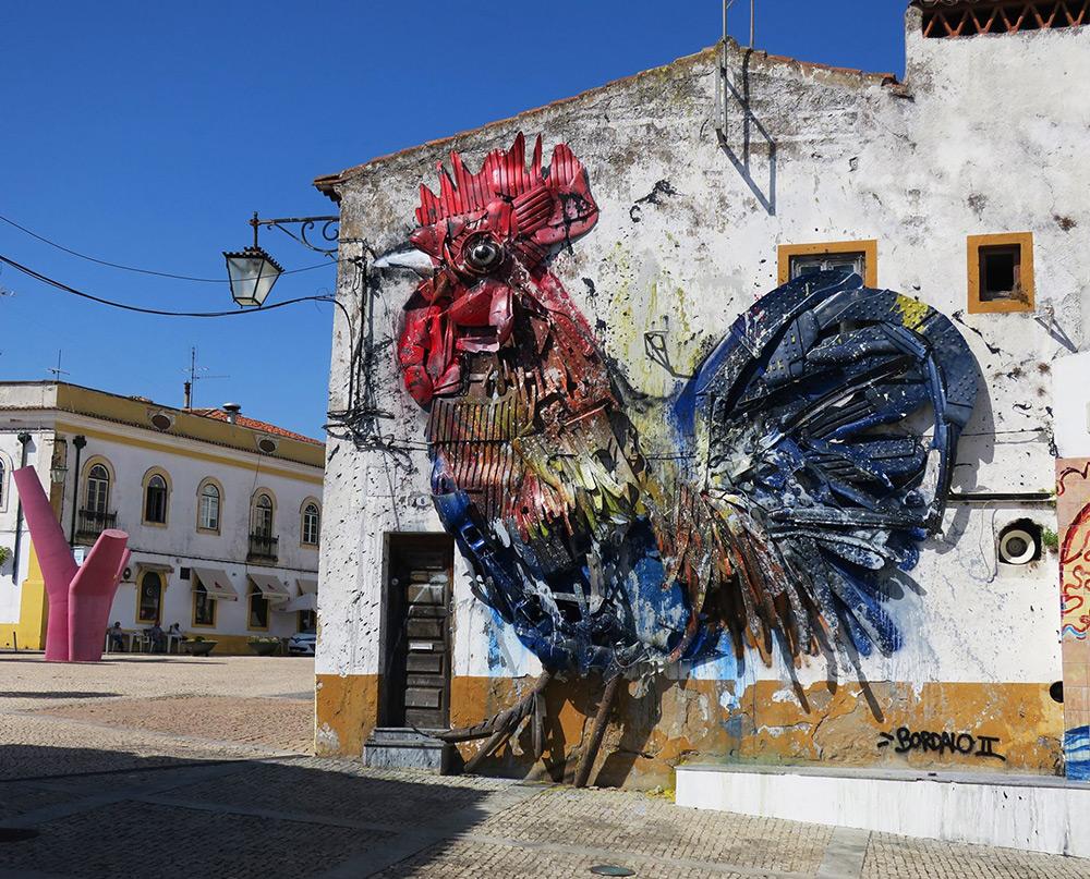 Bordalo II street art cock