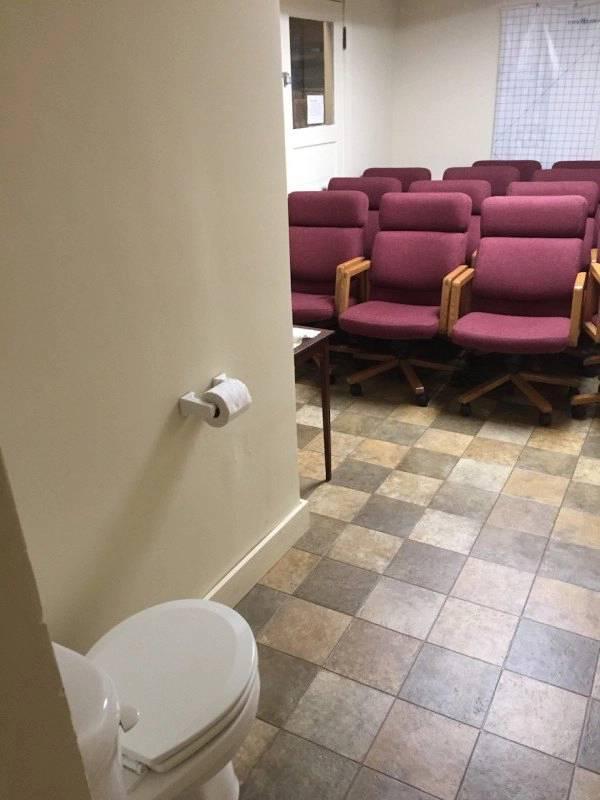 public toilet funny