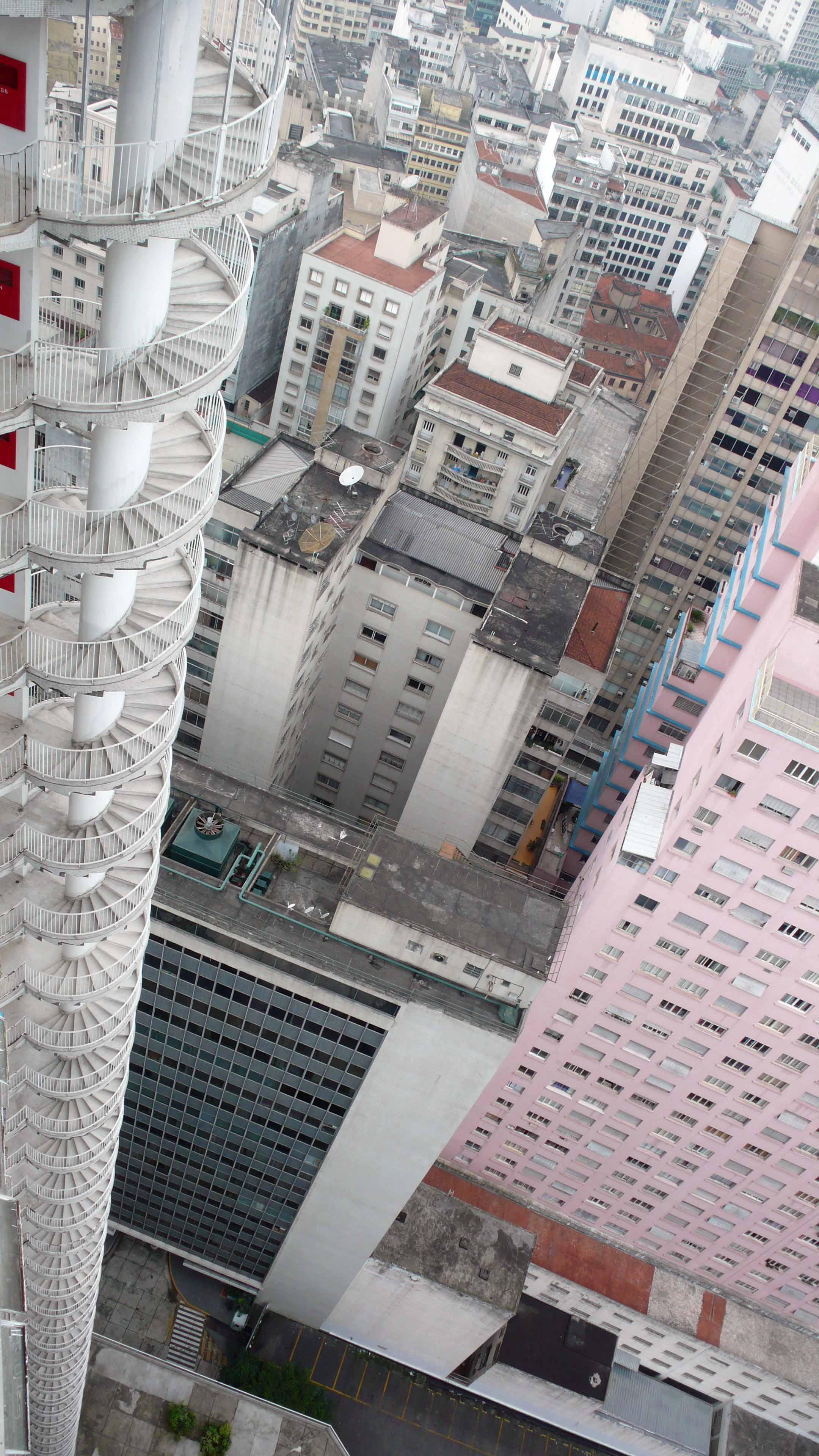 house skyscraper fire staircase