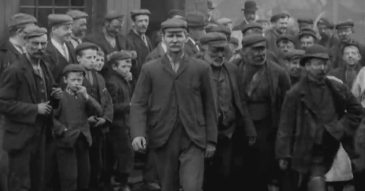 Victorian/Edwardian workers caught on film 1901