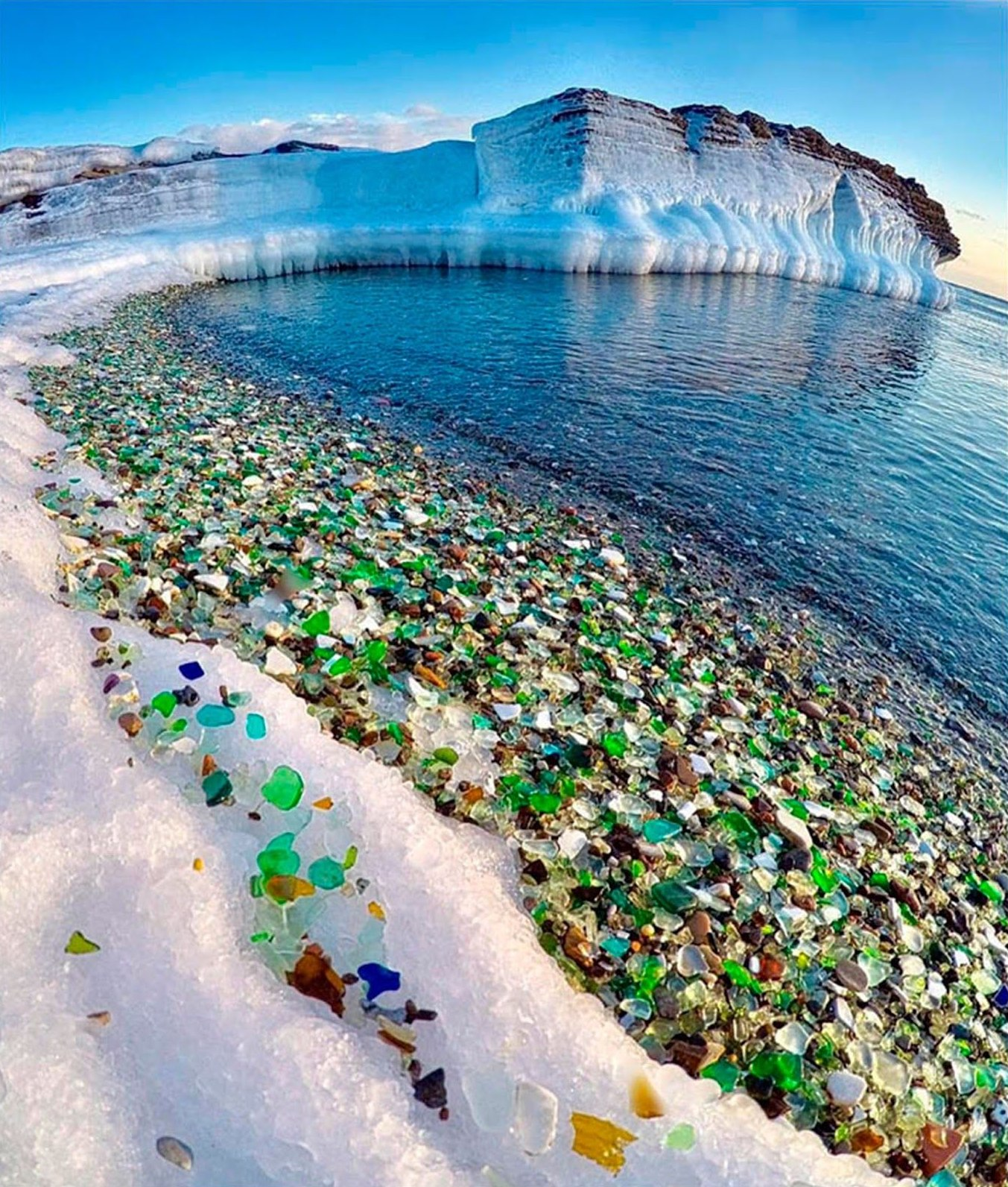 glass beach russia